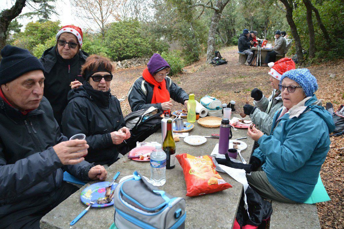 Comme en témoignent les photos , nous étions bien en hiver , mais il y avait quand même une chaleur appréciable !