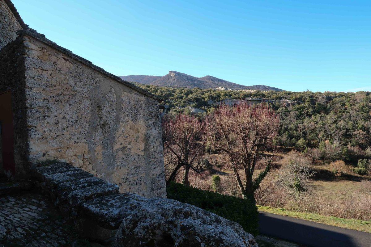 Randonnée agréable avec des paysages variés ...mais qu'elle est belle notre Provence !!!