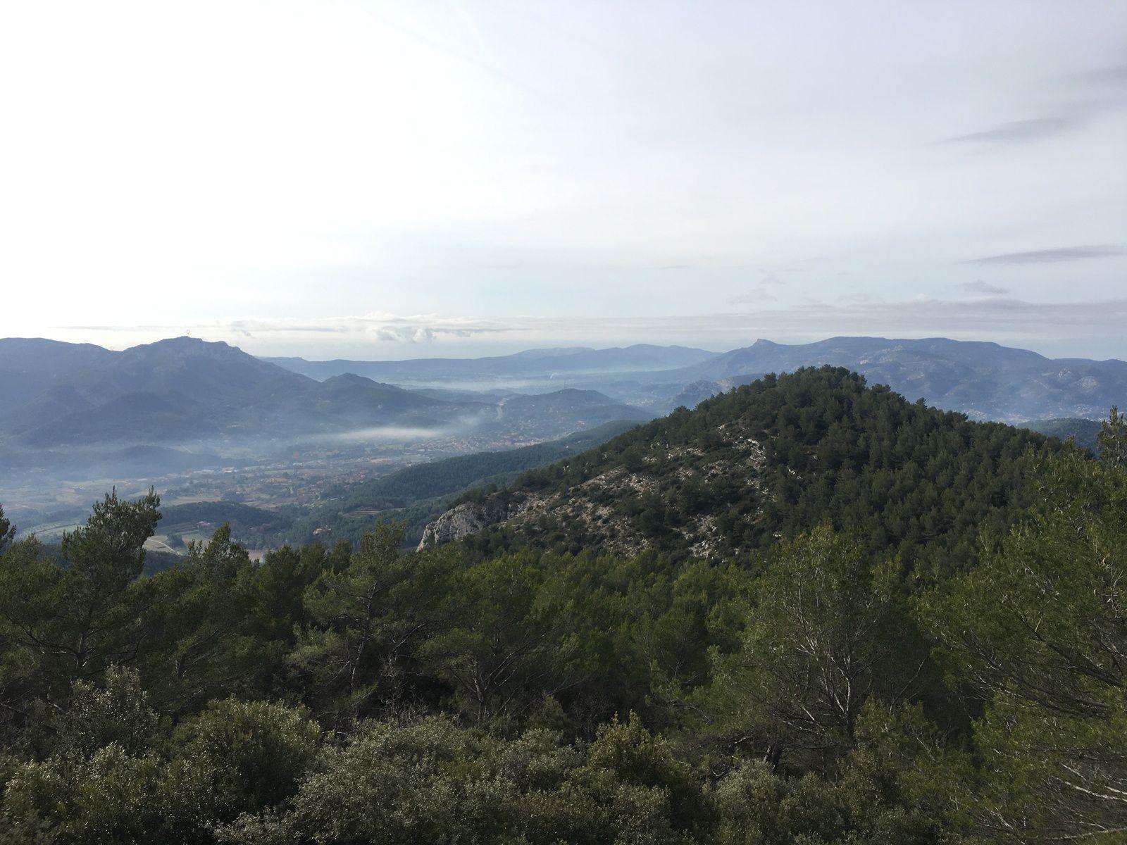 Merci à Jean-Louis pour cette agréable randonnée et à Jean-Paul et Babette pour ce succulent apéro....