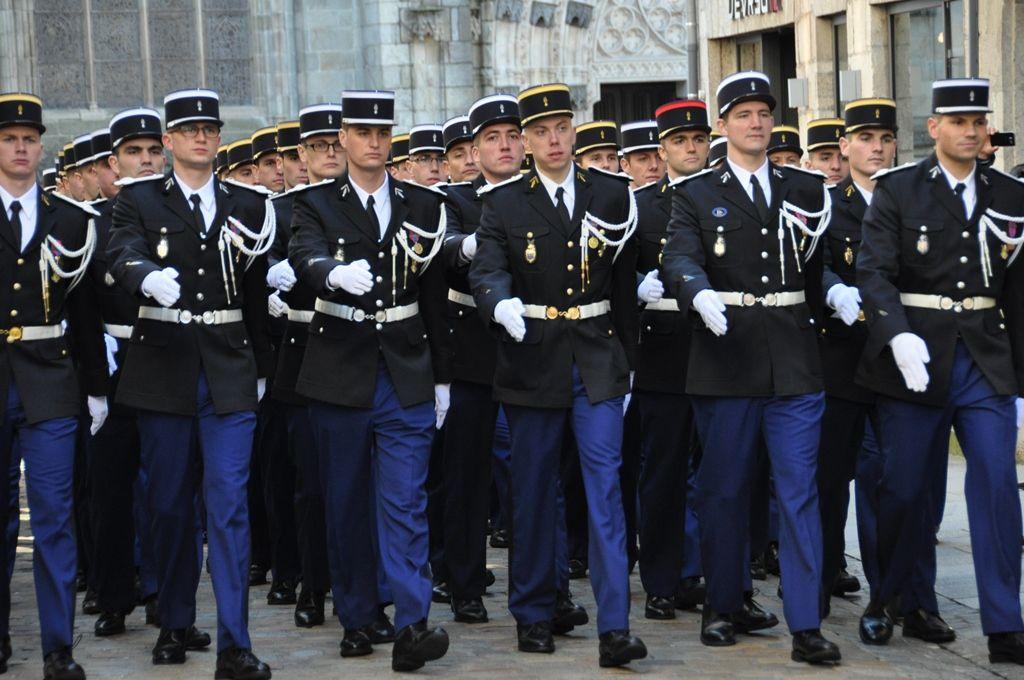 Messe solennelle à la cathédrale pour la 67e promotion de l'école de gendarmerie de Châteaulin