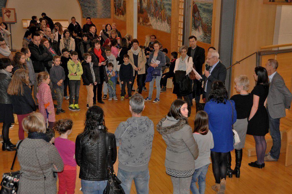 Les artistes et leur famille pour le vernissage au musée des Beaux-Arts
