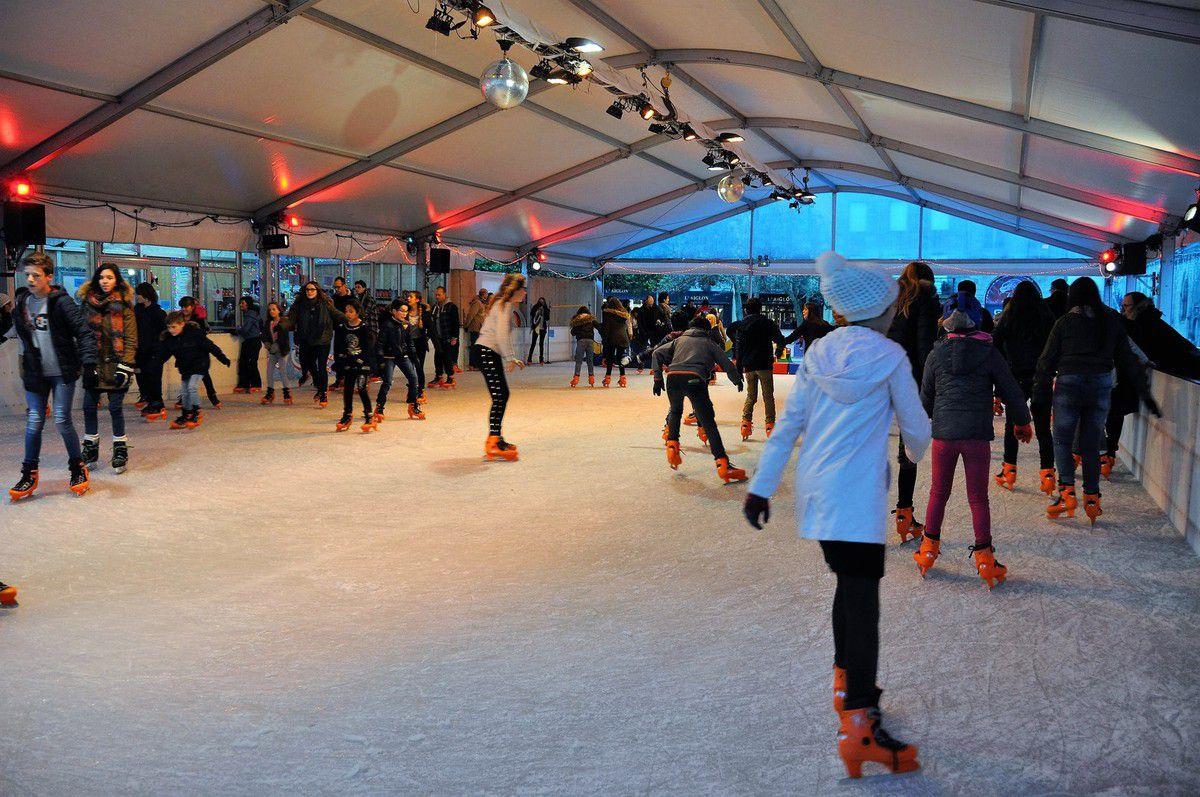 Patinage sur glace, place Saint-Corentin