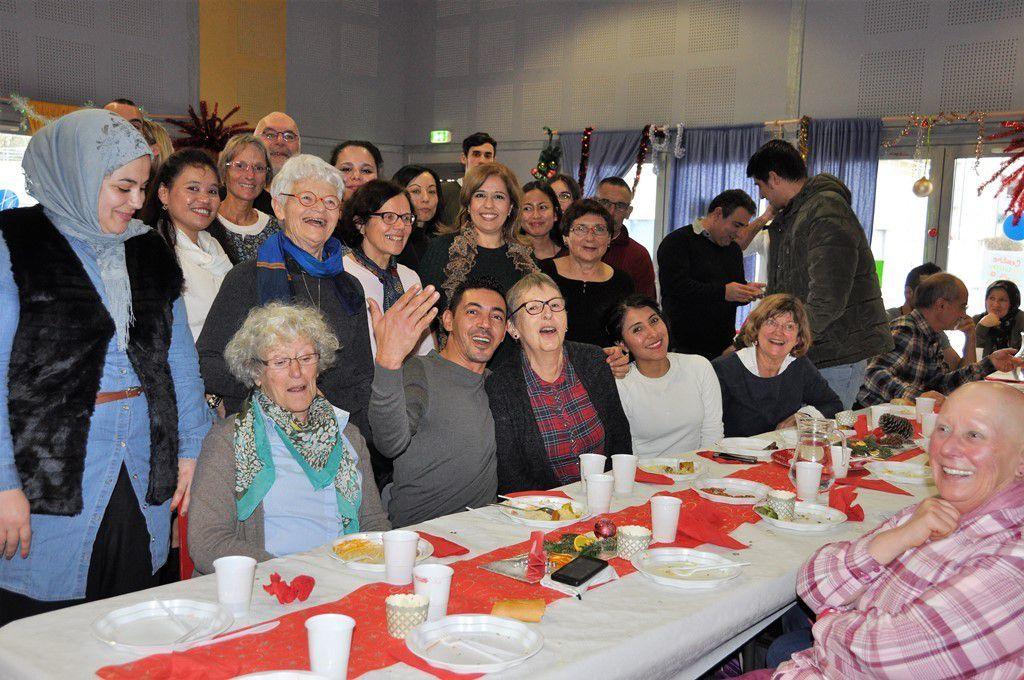 Saveurs du monde au repas des ateliers de langue française de la MPT de Penhars