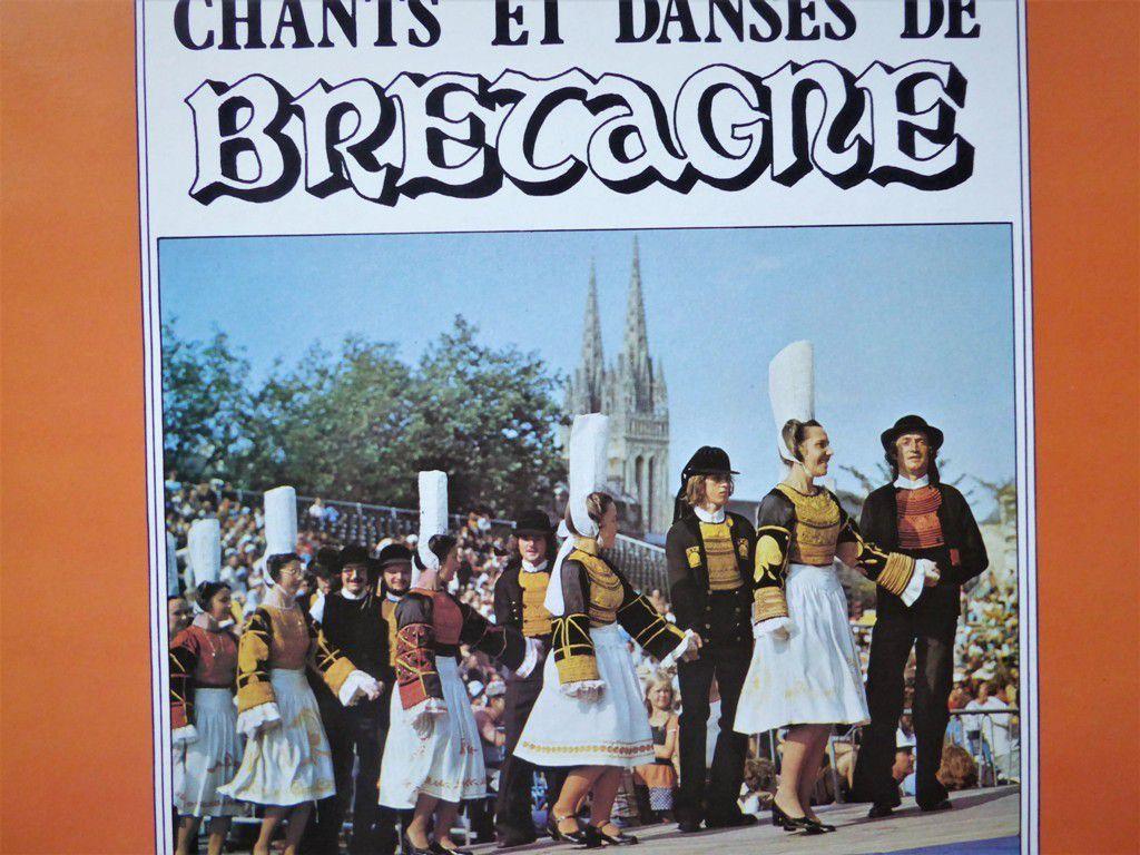 """Photo Caoudal, Quimper sur pochette disque  produit par """" Production S.B.E. """" 56100 Lorient"""