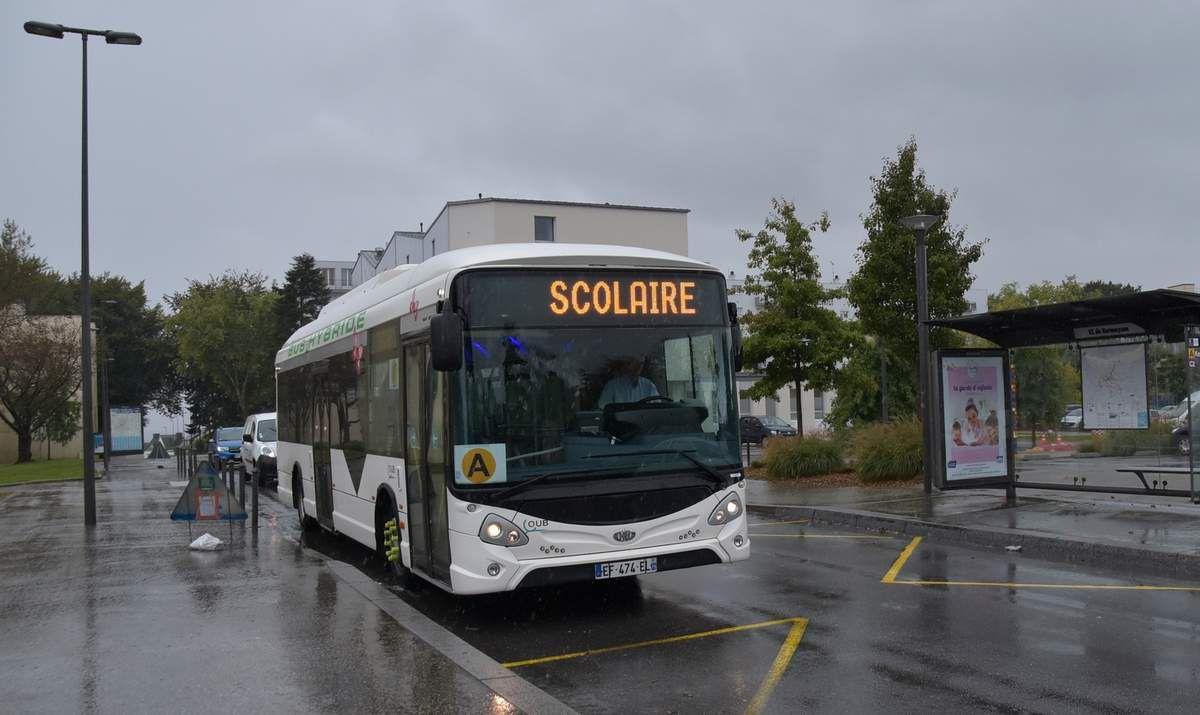 Le mystérieux bus blanc de la QUB
