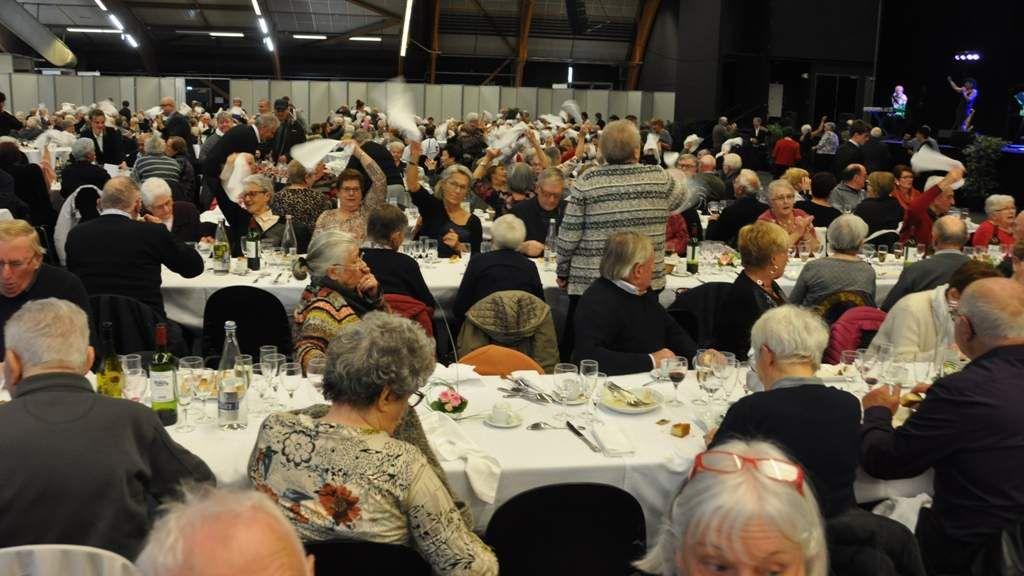 780 convives ont partagé le repas des Aînés de Quimper