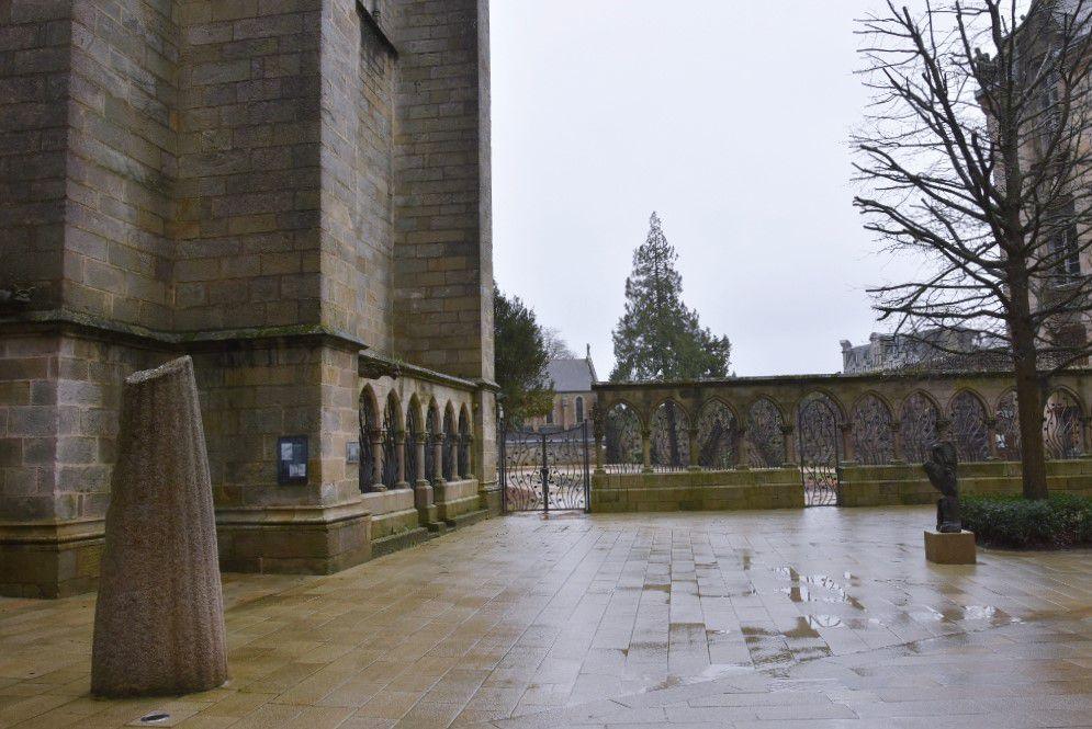 Le Jardin interdit, dans le prolongement de la cour du musée breton