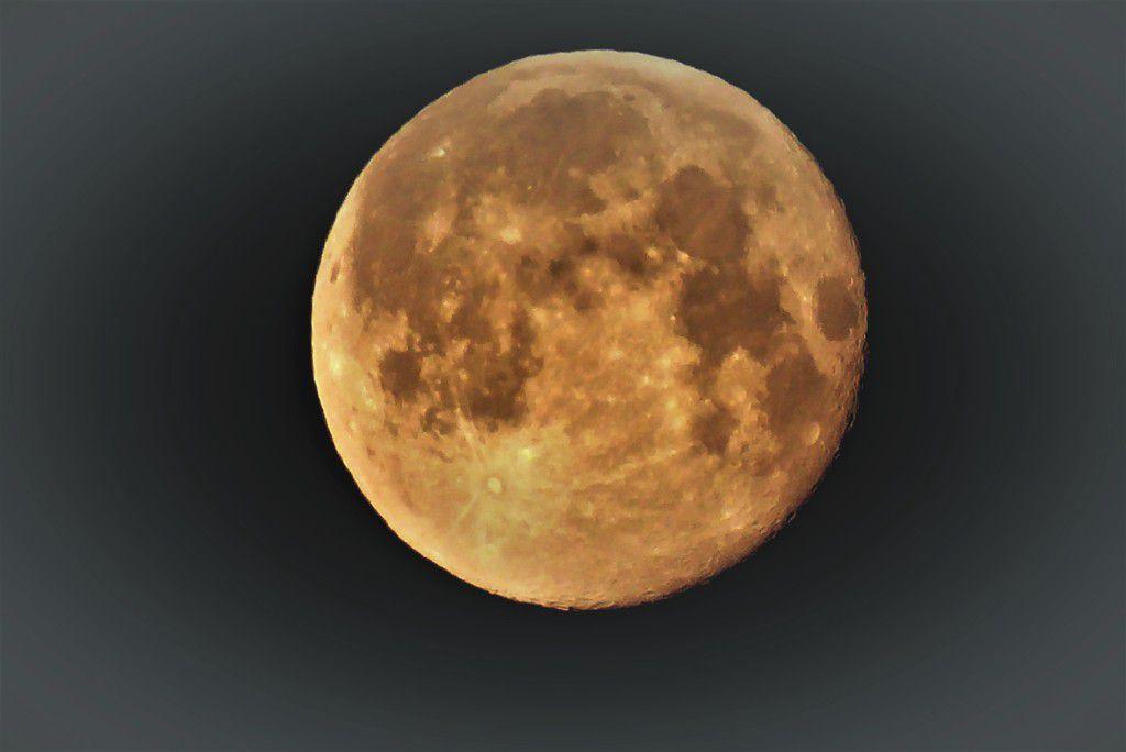 La lune ce matin ...