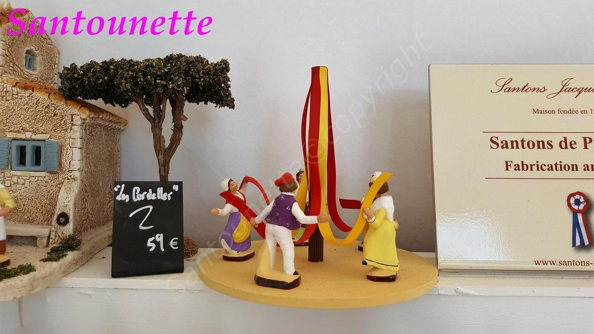 Les santons Flore (foire aux santons et à la céramique d'Aubagne 2017)