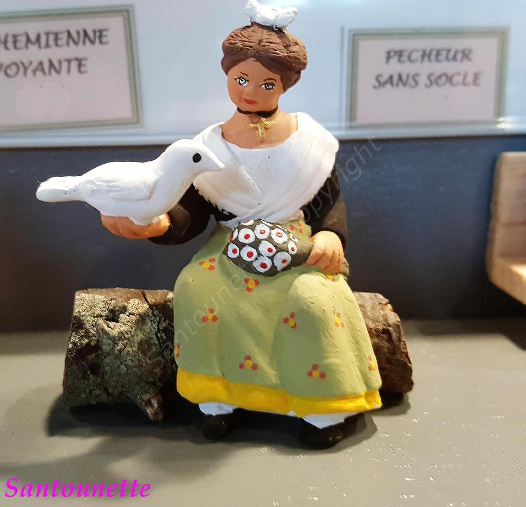 Toujours  sur le thème de la Camargue, une très belle Arlésienne.