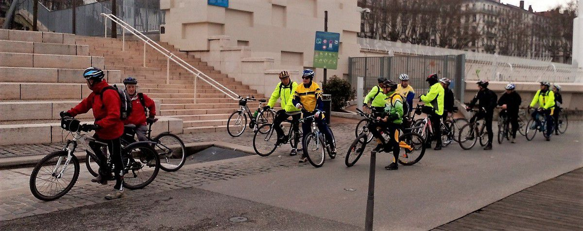 Lyon Gerland >>Miribel Jonage   VTC VTT    21/2/2017