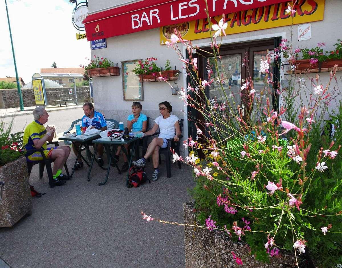 Chaponost  Promeneurs 1  Jeudi 27 juillet 2017