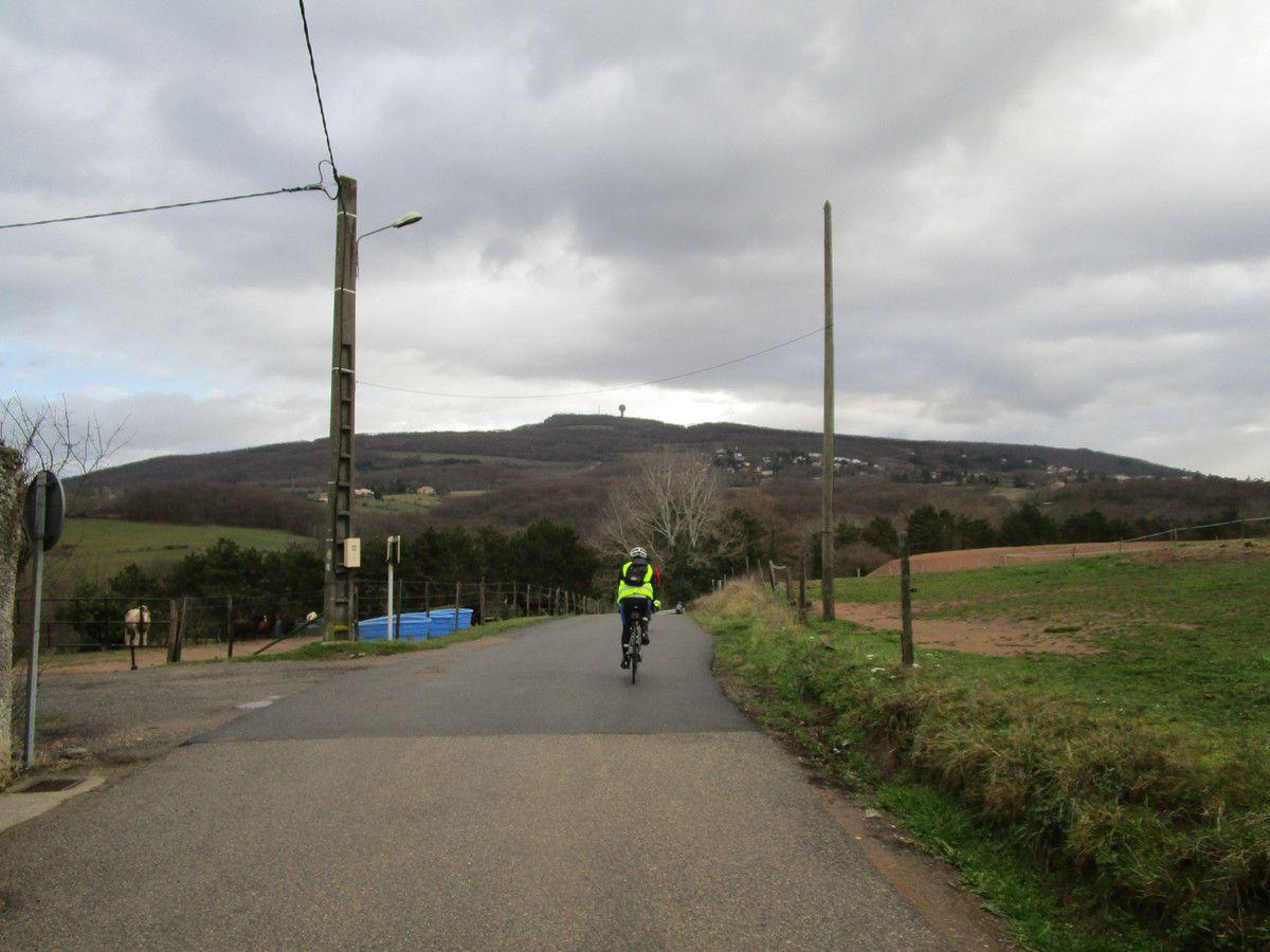 Limonest  Le tour des Monts d'Or   Promeneurs  Vendredi 19 Janvier