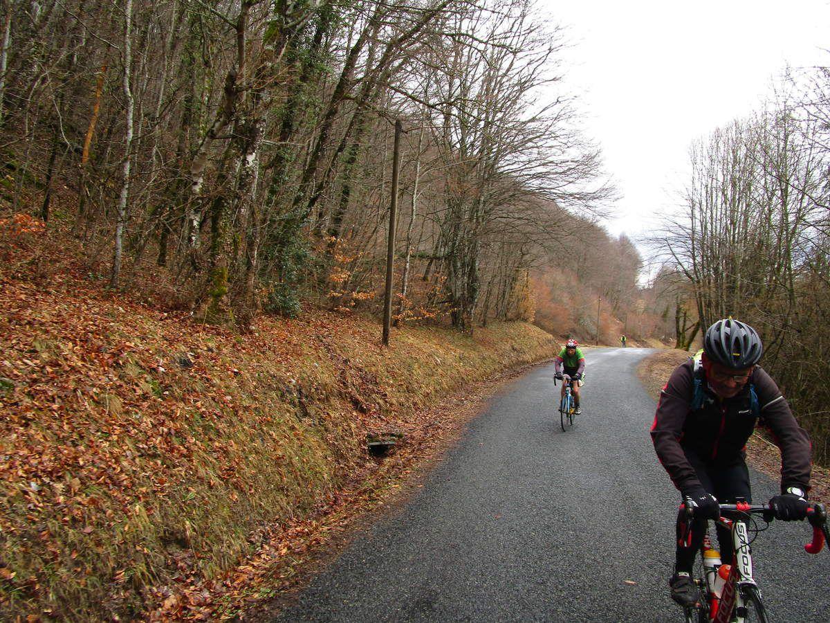 Crémieu - Le Col de Portes  Randonneurs (et P2) Jeudi 29 mars 2018
