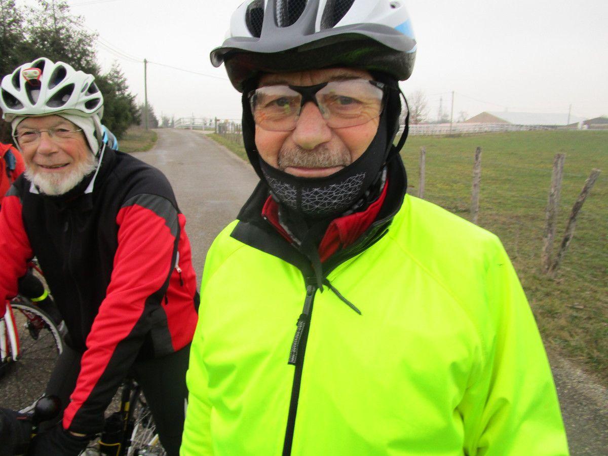 Chaponnay(69)  Randonneurs  Promeneurs ..et mécanique-----  Lundi 21 janvier 2019