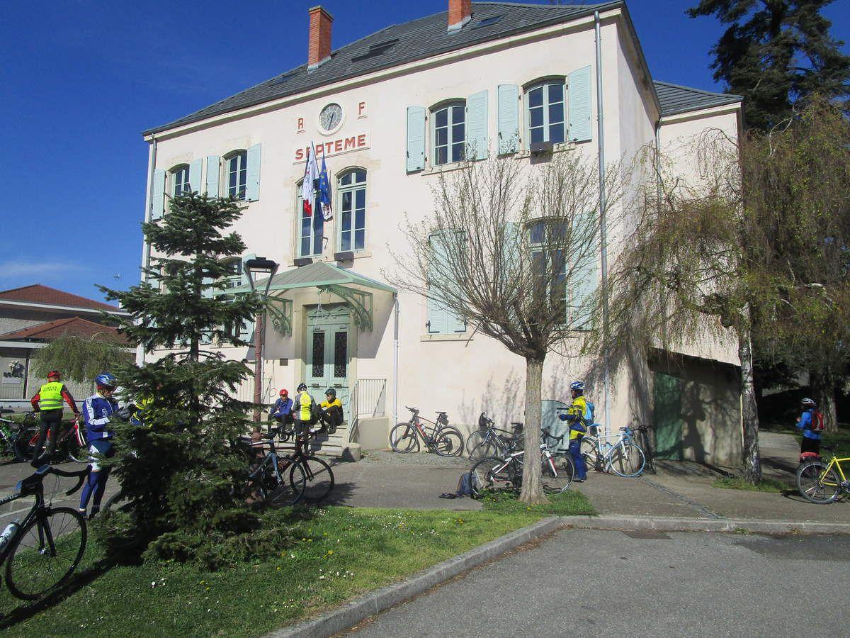 Marennes (69) - Promeneur 1  Vendredi 5 Avril 2019