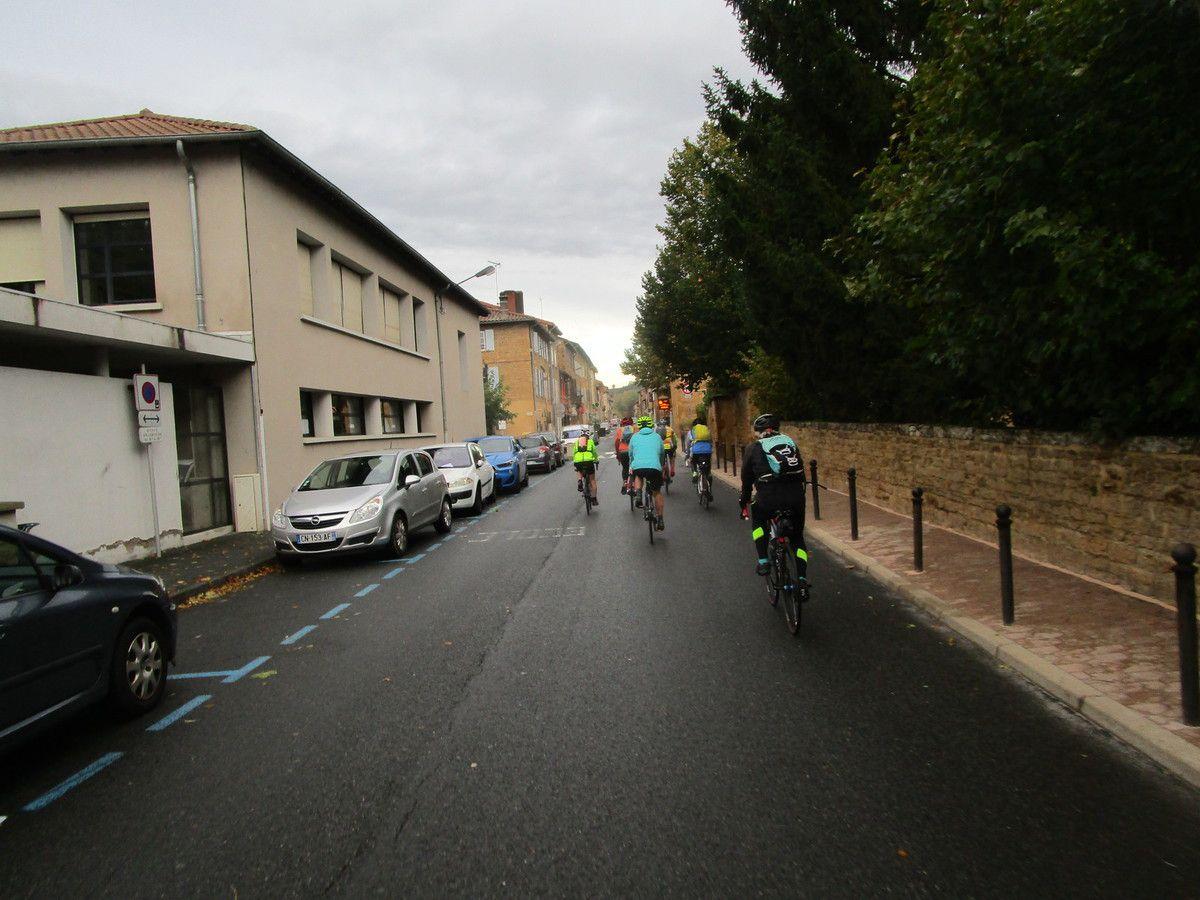 Civrieux d'Azergues-  Promeneurs 2   Lundi 21 Octobre 2019