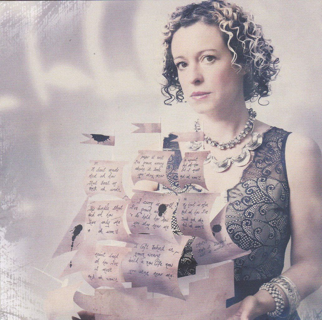 """Kate Rusby """"Life in a paper boat """"    Critique"""