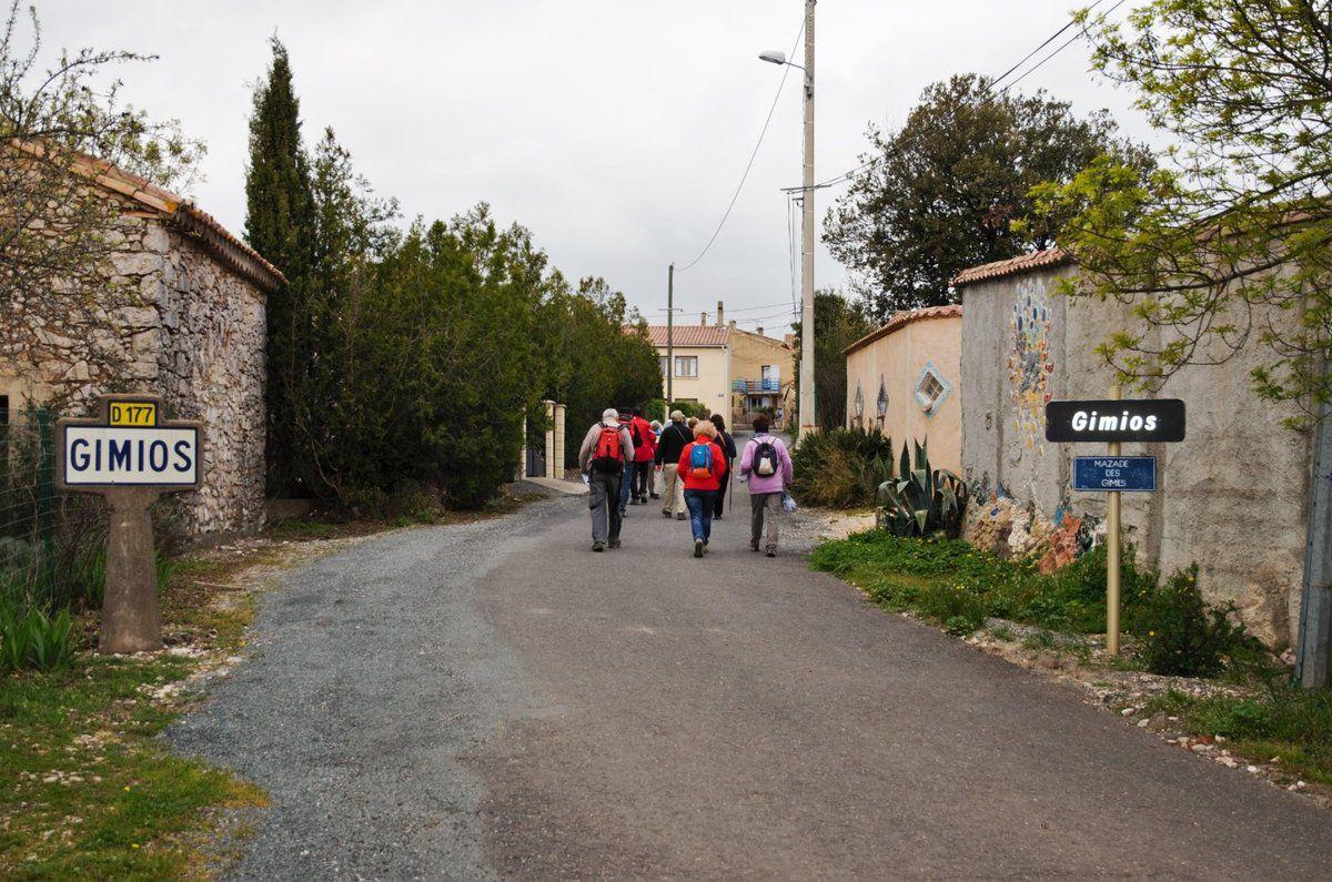 SAINT-JEAN-DE-MINERVOIS 30 mars 2016 Bilingue