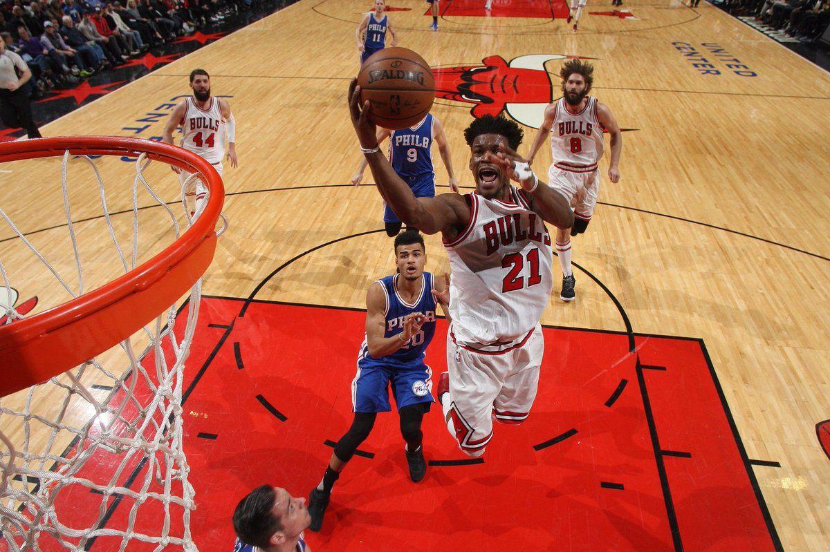Au bord de la crise, les Bulls réagissent face aux Sixers