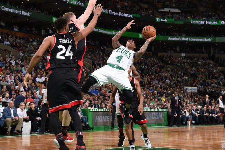 Isaiah Thomas confirme son statut du joueur le plus clutch de la NBA et augmente ses chances dans la course au titre de MVP. Boston (31-18) conforte sa deuxième place à l'Est derrière Cleveland (33-15).
