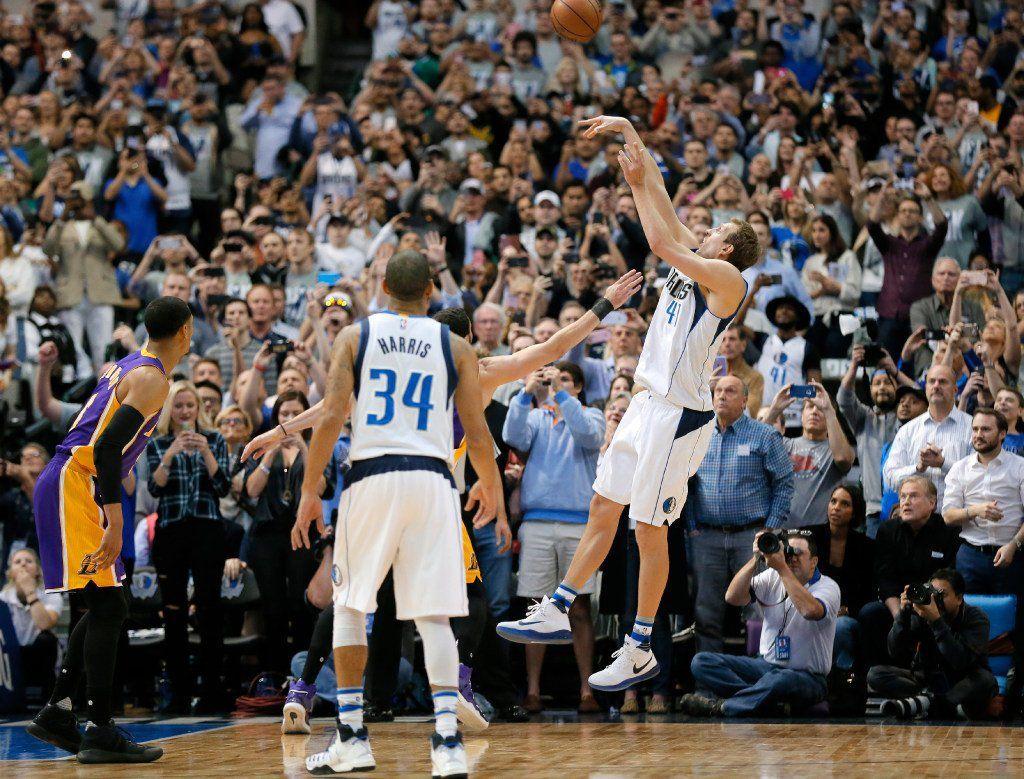 Dirk Nowitzki devient le 6e joueur NBA à atteindre les 30 000 points en carrière