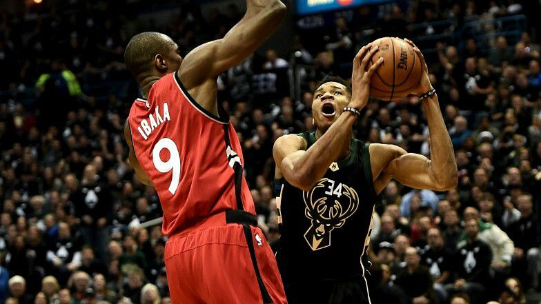 Les Raptors humiliés à Milwaukee