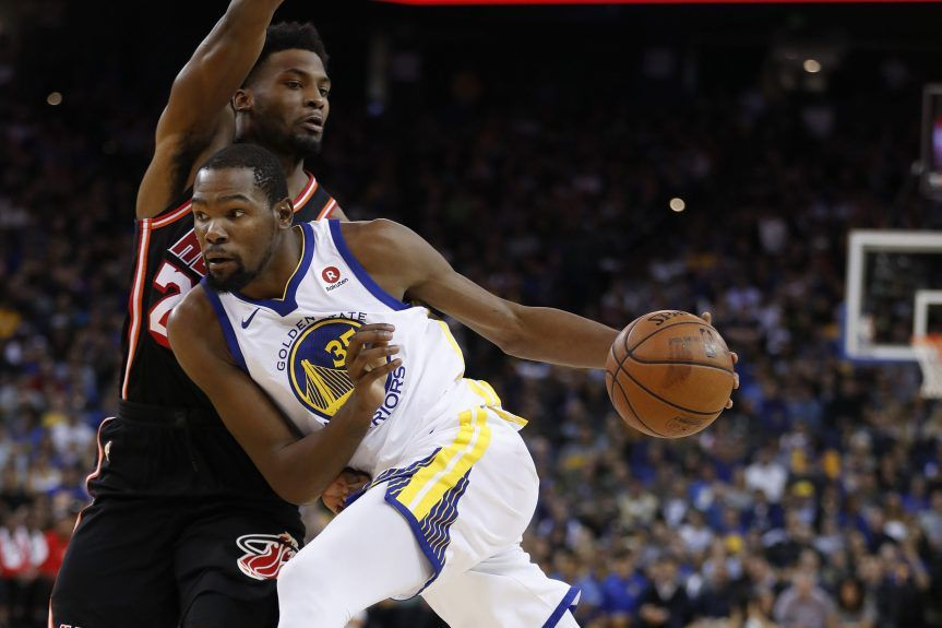 Les Warriors enchaînent face au Heat