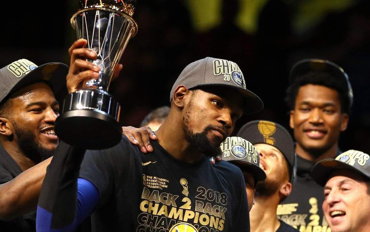 Kevin Durant élu MVP des Finales NBA pour la deuxième année consécutive
