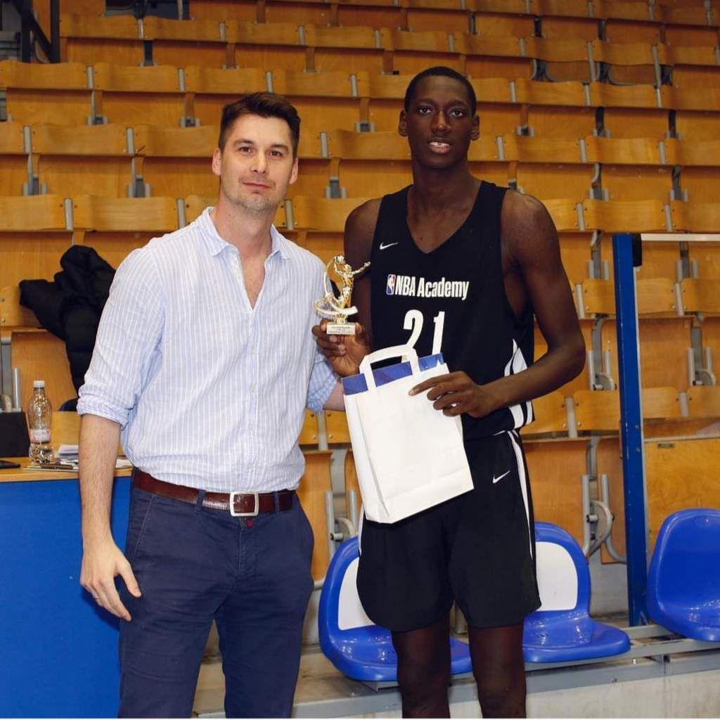 Wegscheider et la NBA Academy Africa écrasent le tournoi de Budapest