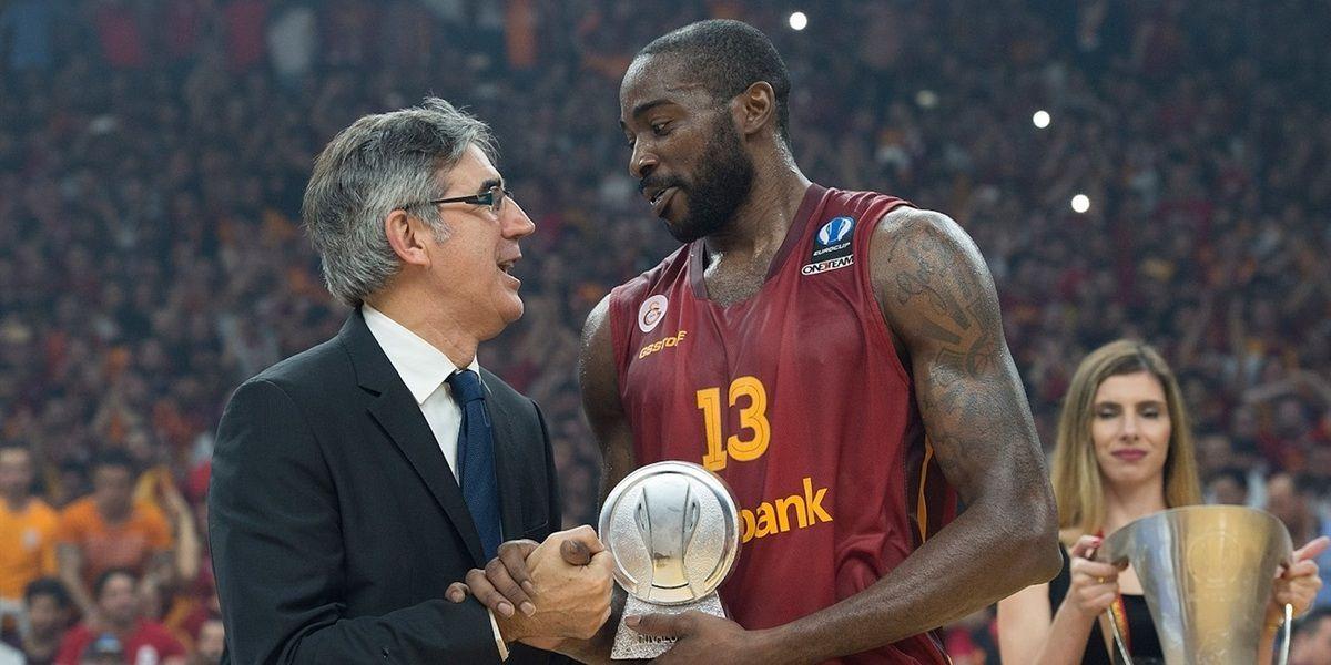 Méconnu du public africain, Stéphane Lasme est pourtant l'un des joueurs africains les plus titrés du basketball européen.