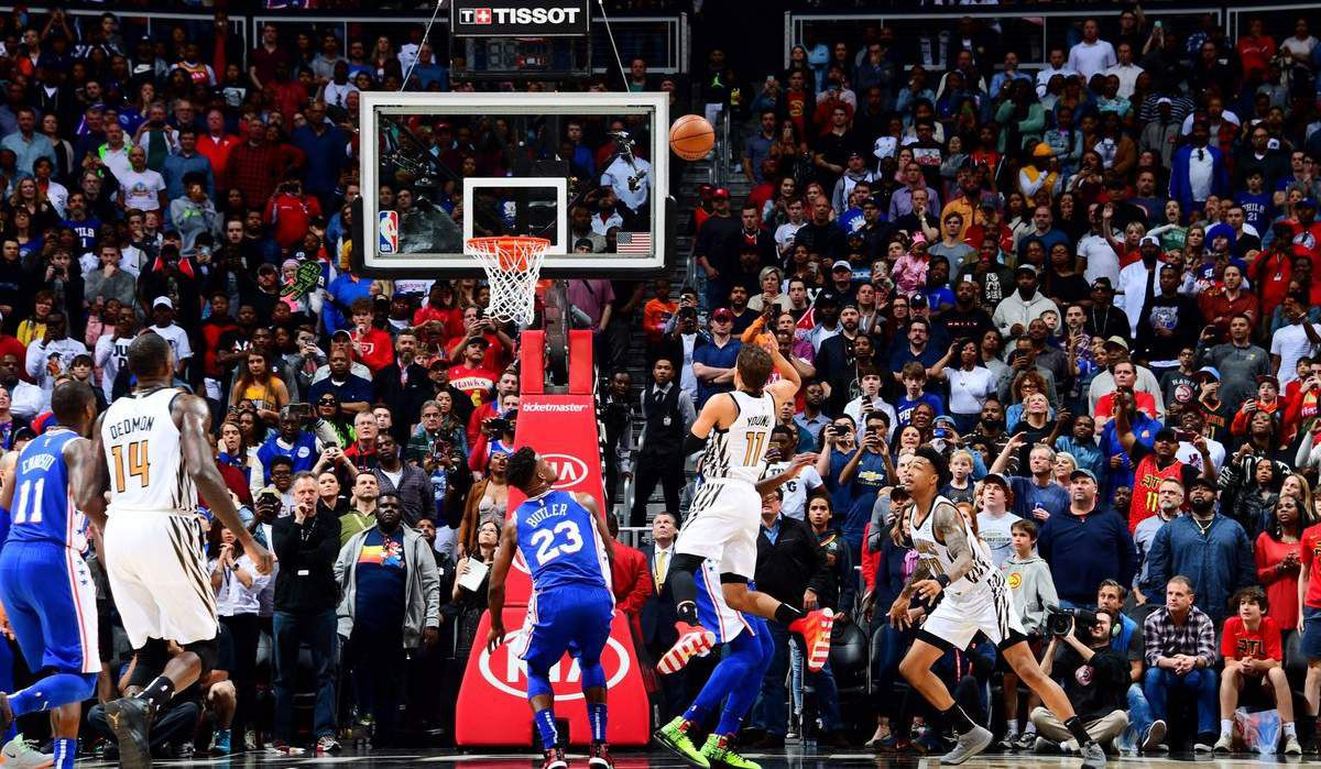 Trae Young terrasse les Sixers