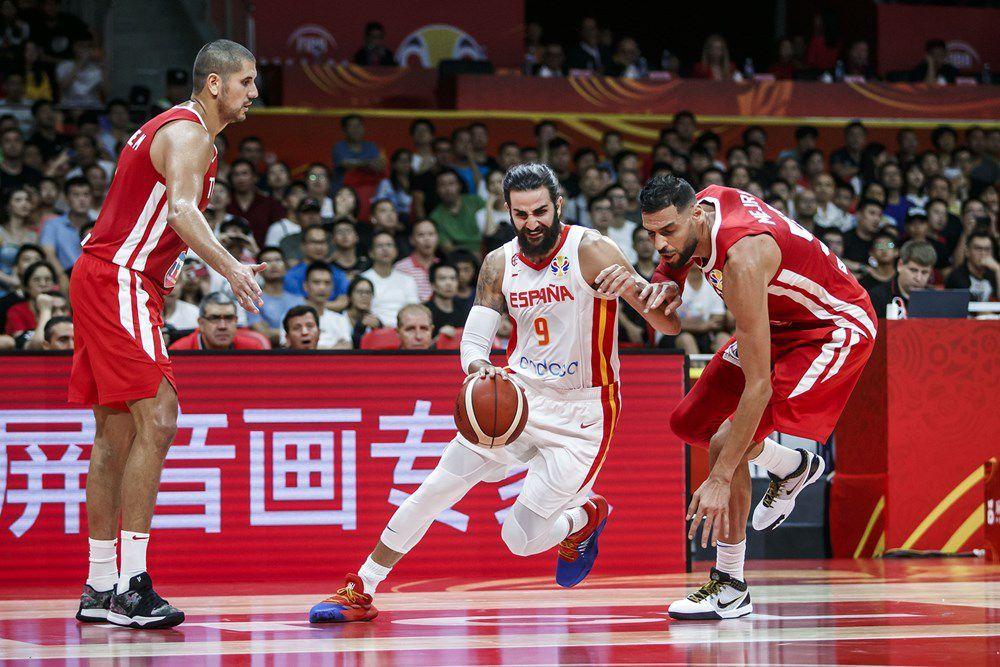 Groupe C : la Tunisie coule en deuxième mi-temps face à l'Espagne (101-62)