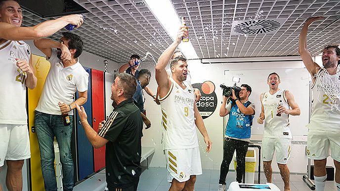 Le Real Madrid remporte la SuperCoupe d'Espagne en battant le Barça en finale !
