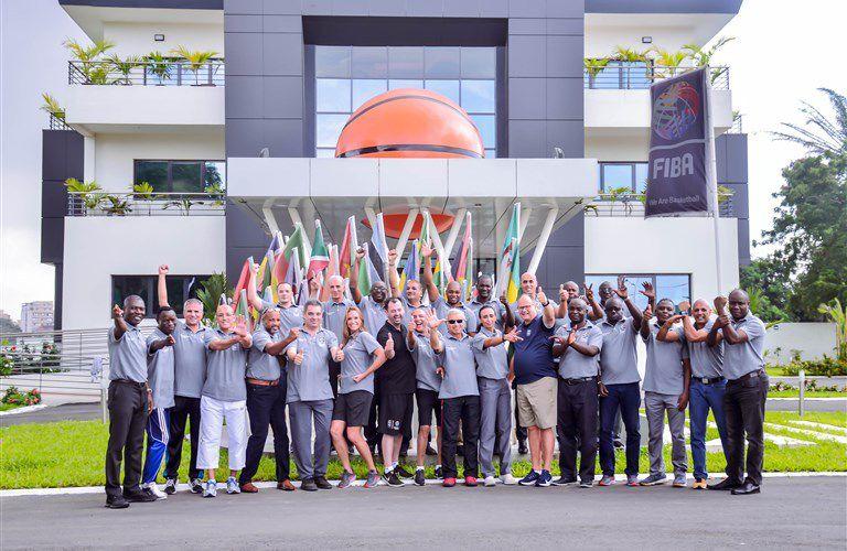 Abidjan abrite le premier stage du Programme des Instructeurs Arbitres de la FIBA (FRIP)