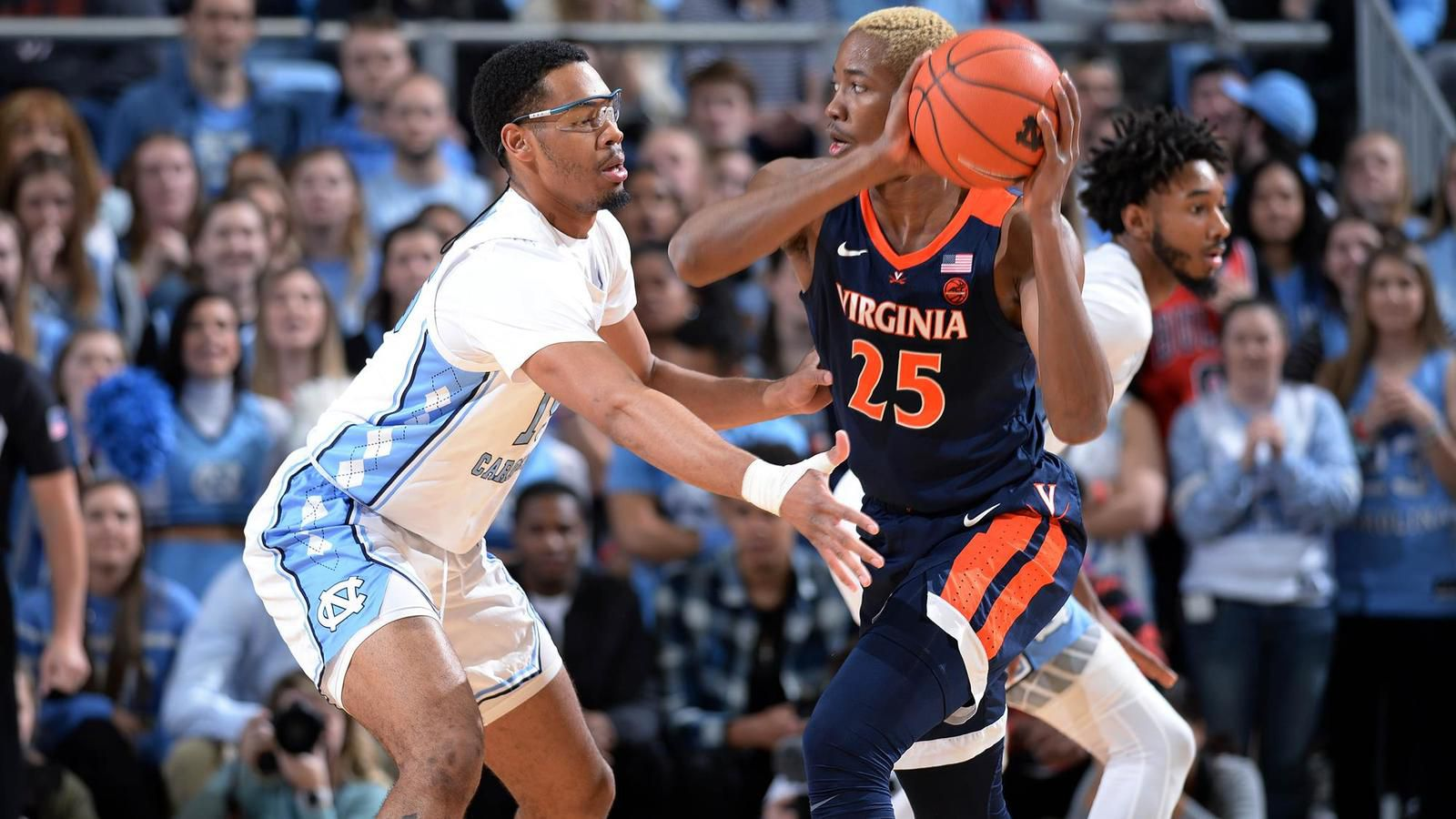 NCAA : Virginia terrasse le North Carolina au terme d'un money-time exceptionnel
