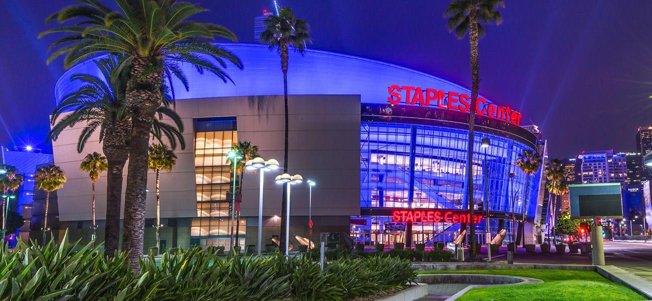 COVID-19 : les Lakers demanderont à de hauts dirigeants de réduire leur salaire