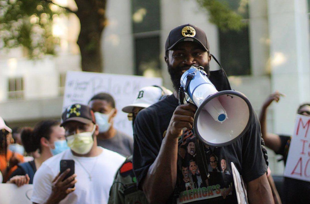 Jaylen Brown a fait 15 h de route pour manifester à Atlanta avec Malcolm Brogdon et Justin Anderson