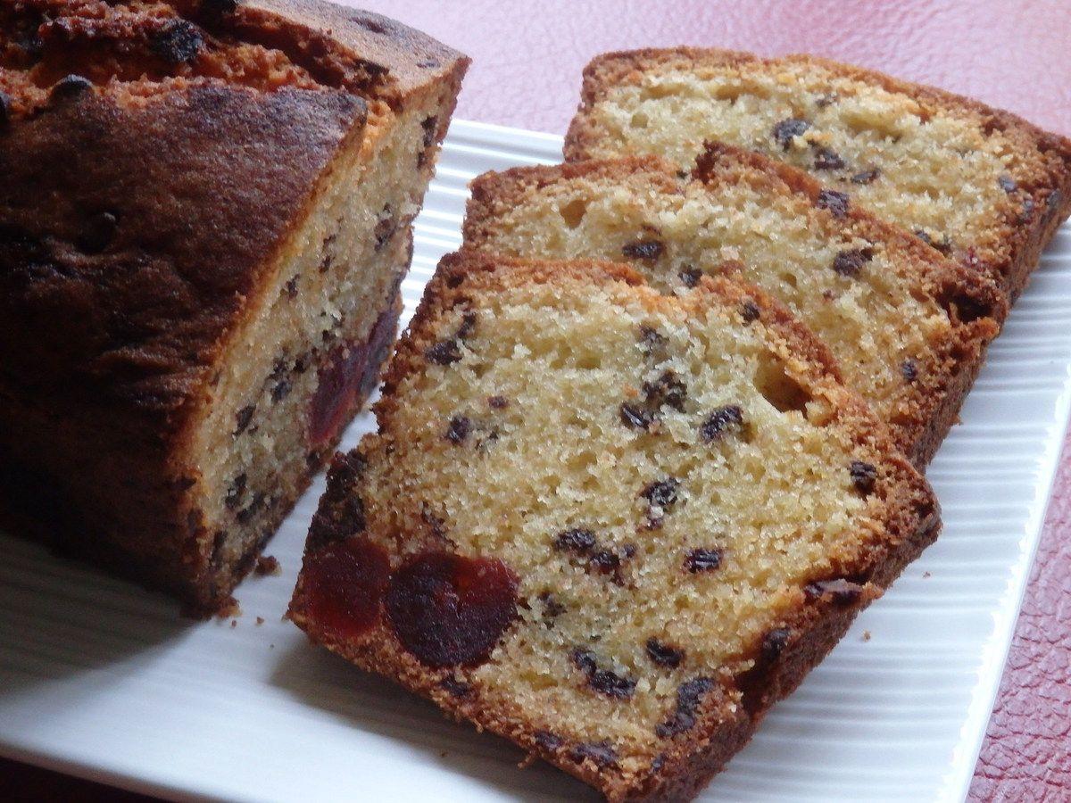 Cake pépites chocolat et cerises confites