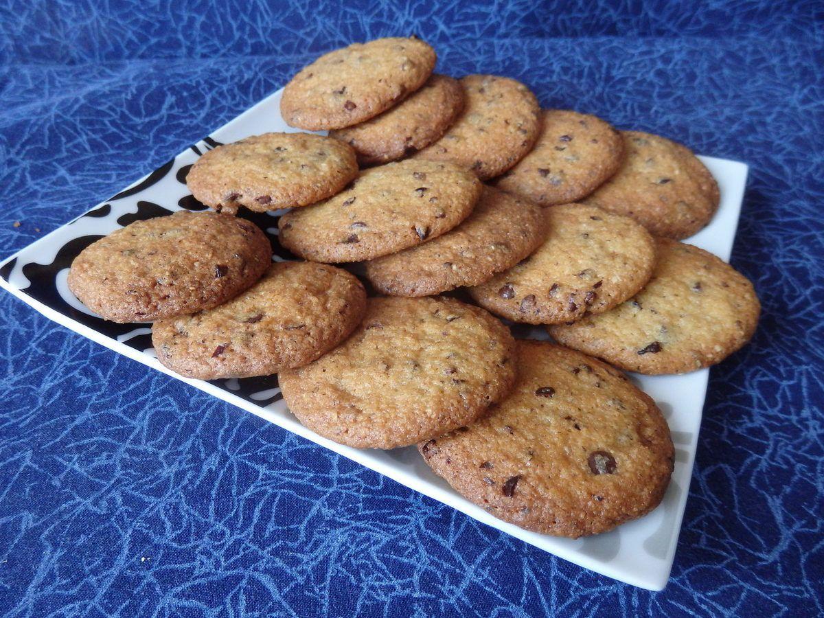 Cookies choco-noisettes et grué de cacao