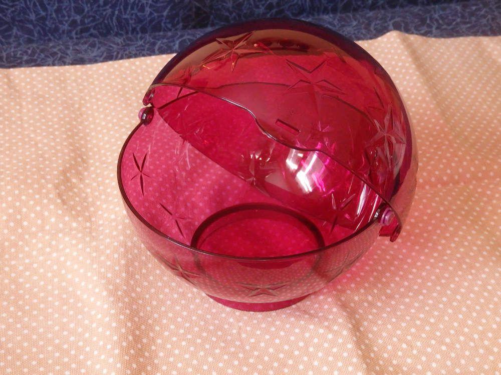 Le troisième lot : la grande boule Candy diamètre de 15 cm