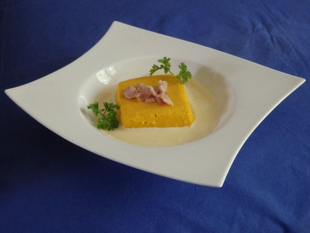 Flan de potimarron, sauce parmesan - défi orange