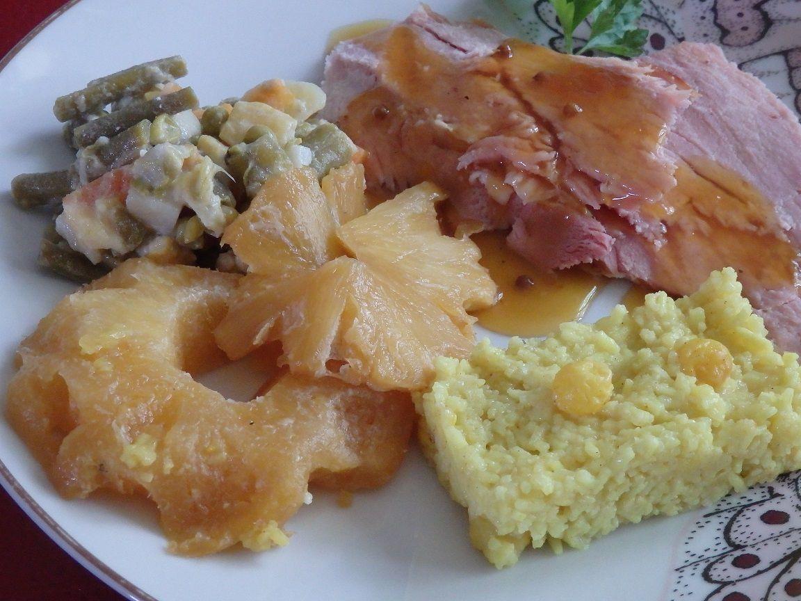Jambon braisé à l'ananas et au caramel