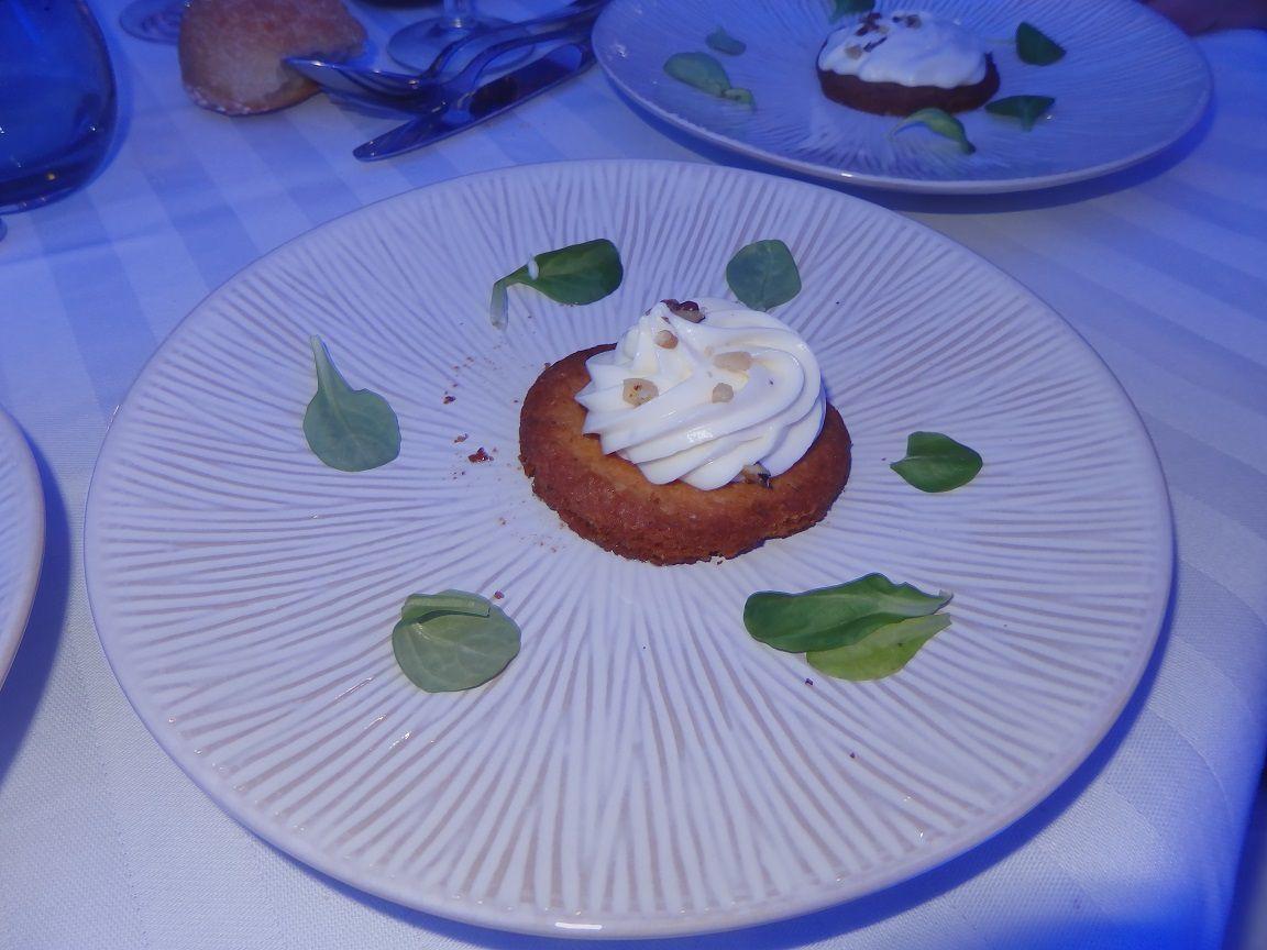 La photo de crémeux de Rocamadour sur son sablé aux noix du Banquet  des Chefs à Cahors (juillet 2016)