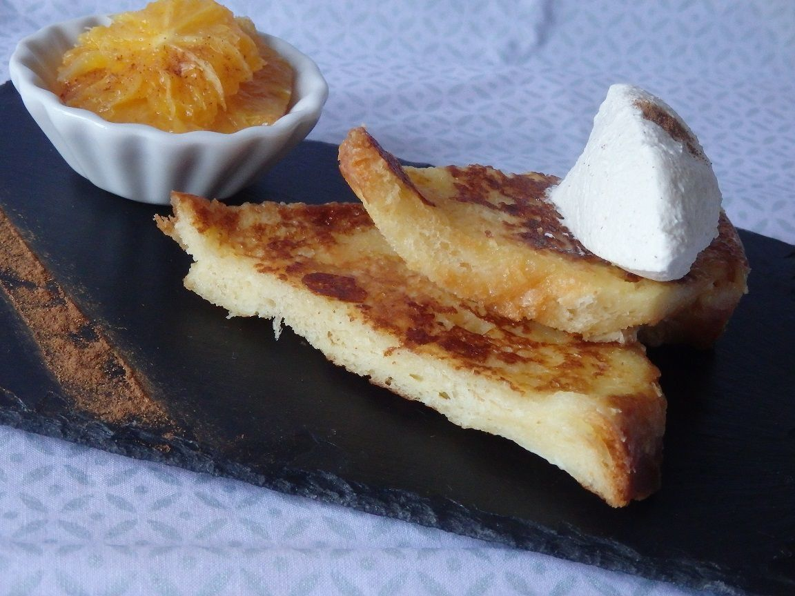 Brioche perdue, chantilly et salade d'orange à la cannelle