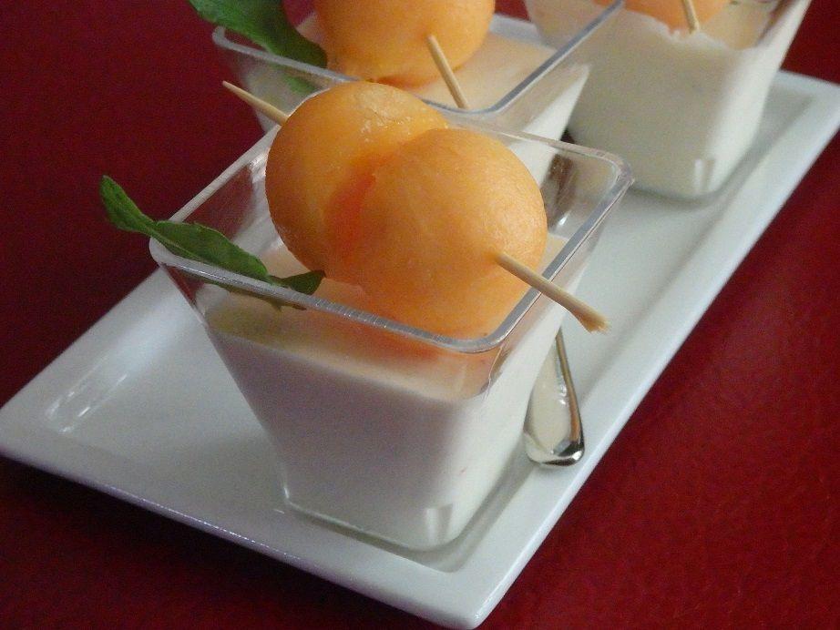 Panna cotta au Rocamadour et billes de melon