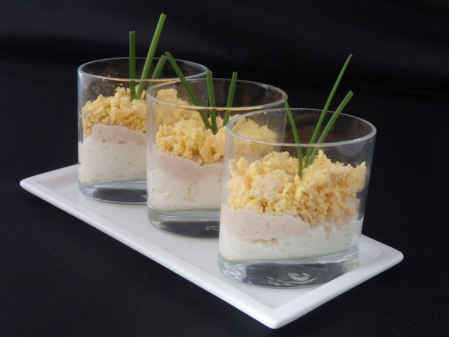 Verrines d'œufs mimosa au thon