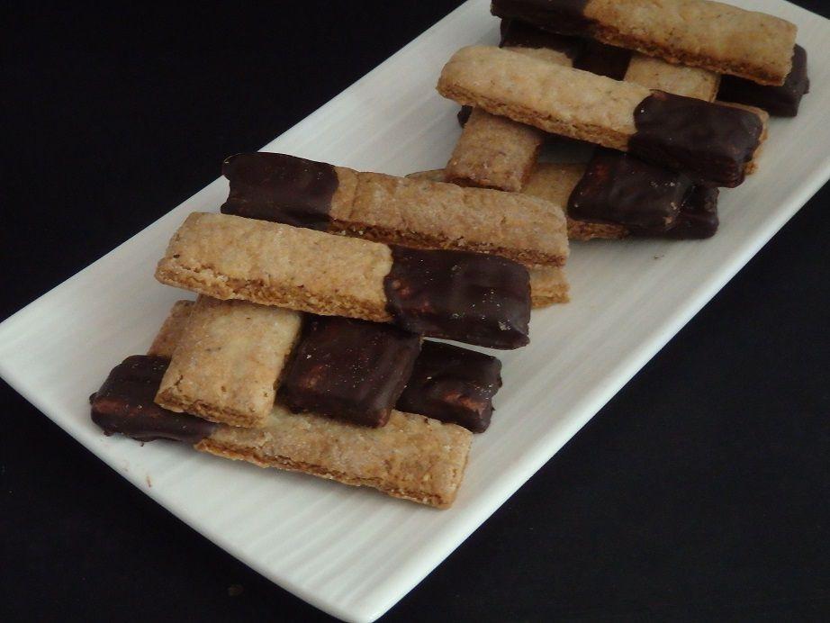 Bâtonnets noisettes et chocolat