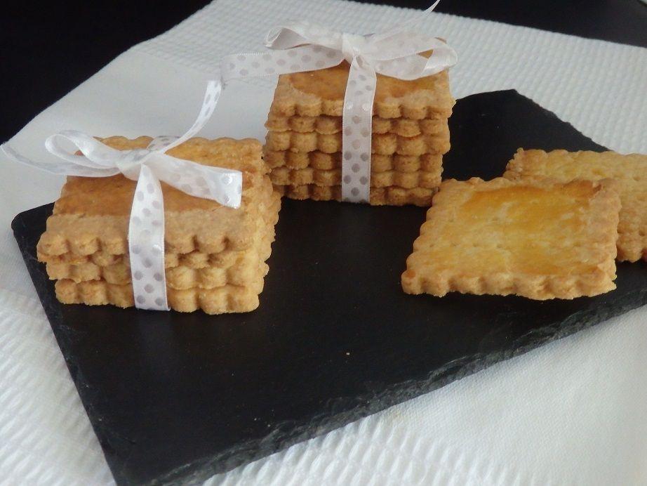 Biscuits carrés qu'on peut déguster à Salers