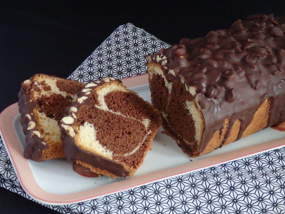 Gâteau marbré, nappé de chocolat noisette amande